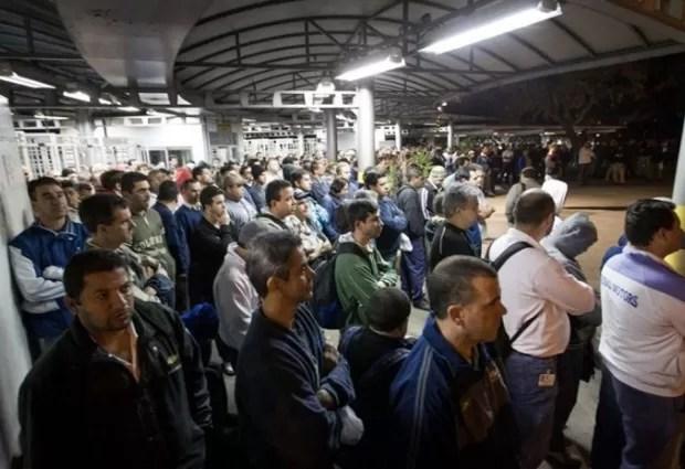 Manifestação na GM (Foto: Divulgação/Sindicato dos Metalúrgicos)
