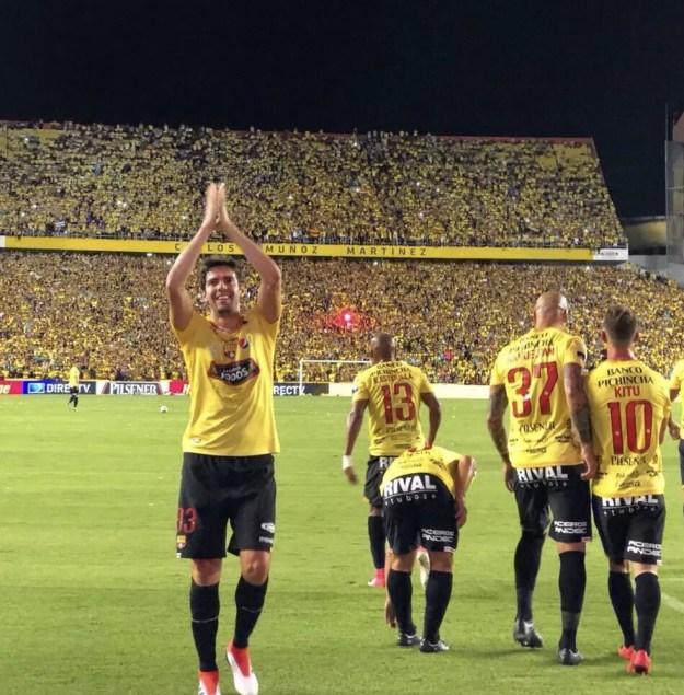 Kaká fez dois gols pelo Barcelona-EQU na vitória por 6 a 2 sobre o Sport Boys-PER (Foto: Twiiter Barcelona-EQU)