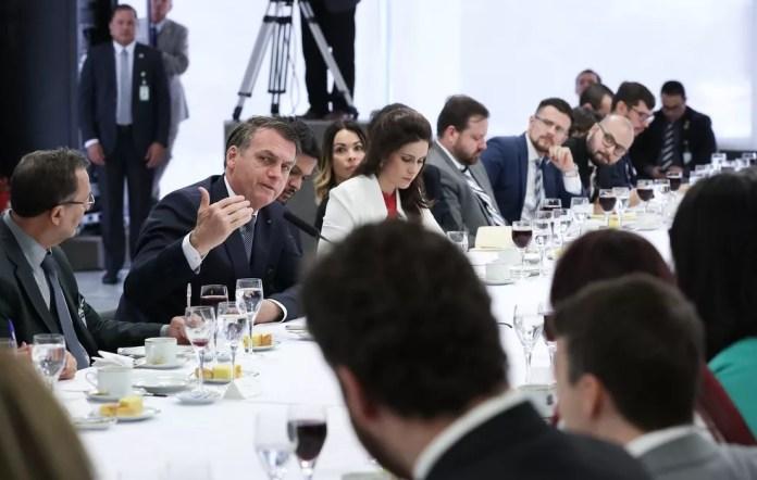 O presidente Jair Bolsonaro, nesta sexta-feira (14), durante café da manhã com jornalistas no Palácio do Planalto — Foto: Marcos Corrêa/Presidência da República