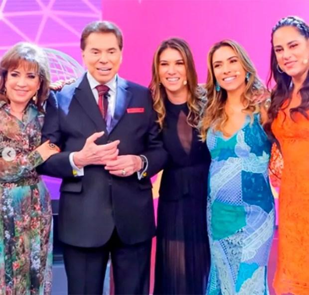 Iris, Silvio Santos, Rebeca, Patricia e Silvia Abravanel em registro do Teleton 2018 (Foto: Reprodução/Instagram)