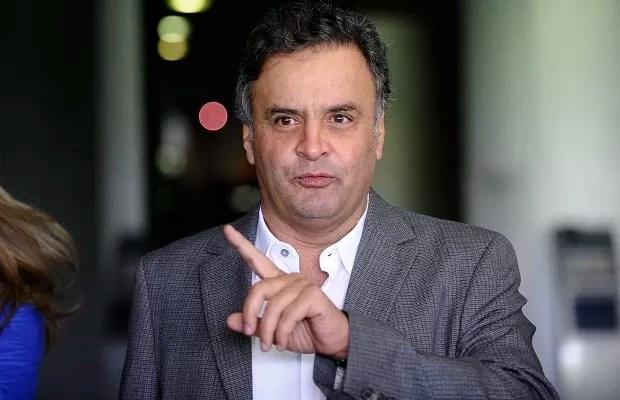 Proposta de Aécio Neves permite ampliar cargos comissionados em até 973%