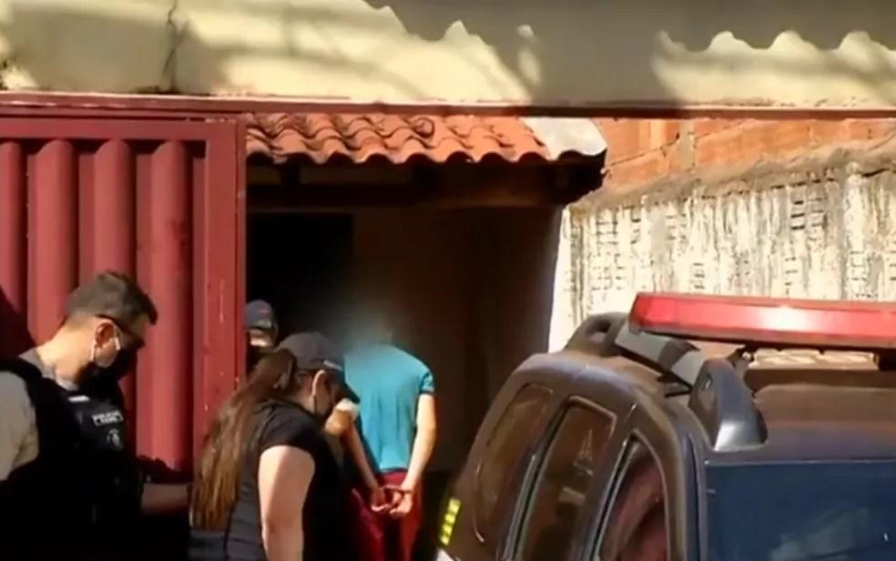 Padrasto preso suspeito de matar enteado — Foto: Reprodução/TV Anhanguera