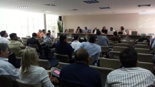 Reunião entre representantes do Governo, prefeitos e empresários da região do Vale do Açu aconteceu nesta quarta-feira (13) (Foto: Lamonier Araújo/Inter TV Cabugi)