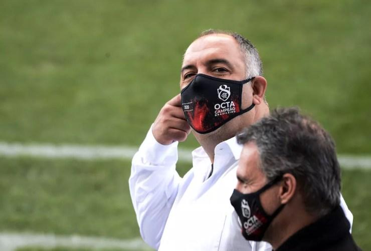 Marcos Braz e Bruno Spindel, Flamengo x Fluminense — Foto: Marcos Ribolli / ge