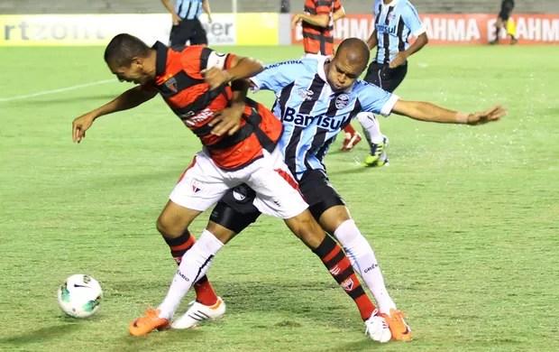 ATLÉTICO-GO 0 x 0 GRÊMIO (Randes Nunes/Foto Arena/Agência Estado)