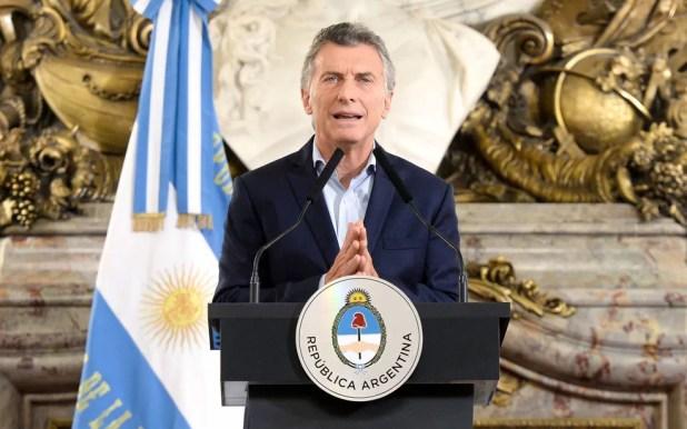 O presidente da Argentina, Mauricio Macri, durante cerimônia na Casa Rosada, em Buenos Aires, na segunda-feira (29) (Foto: Argentine Presidency/Handout via Reuters)