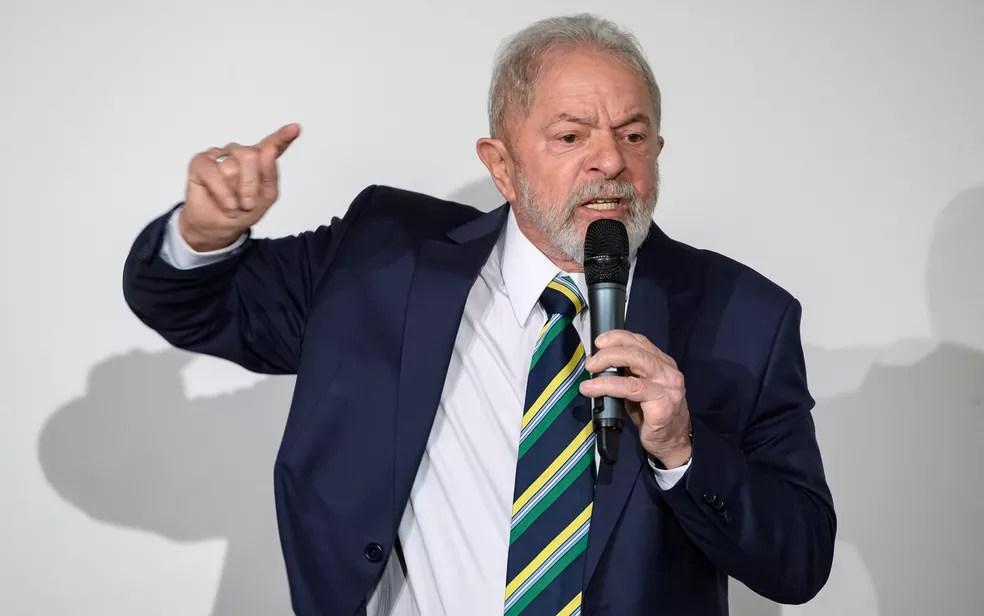 O ex-presidente Lula em foto de março de 2020 — Foto: Fabrice Coffrini/AFP