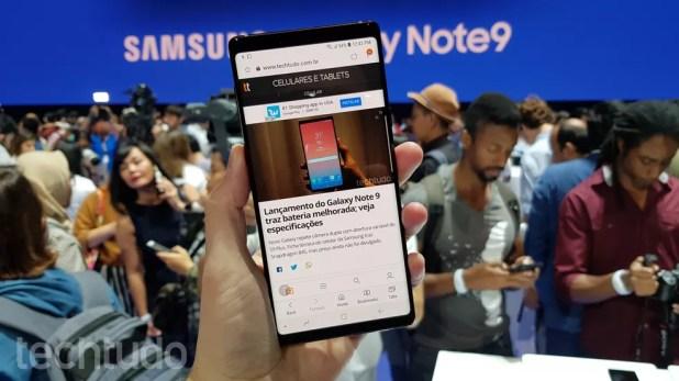 Samsung Galaxy Note 9: celular tem tela de 6,4 polegadas (Foto: Thássius Veloso/TechTudo)