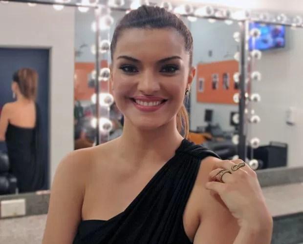 Mayana Neiva fala sobre a carreira (Foto: Domingão do Faustão / TV Globo)