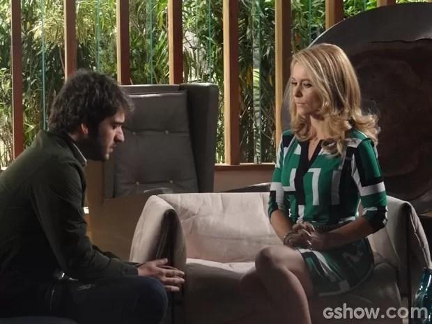 Pamela envenena Davi contra Manu (Foto: Geração Brasil/TV Globo)