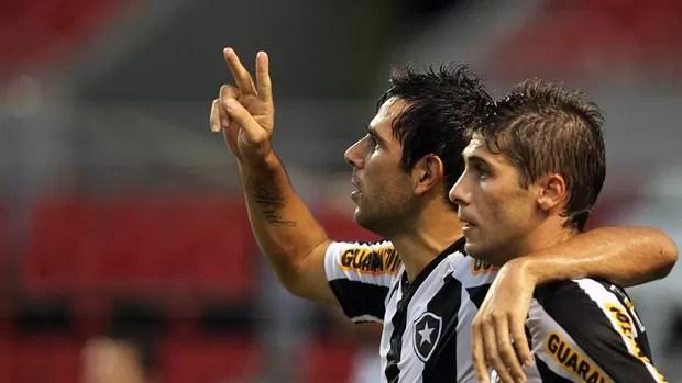 Herrera gol Botafogo (Foto: Fernando Soutello / AGIF)