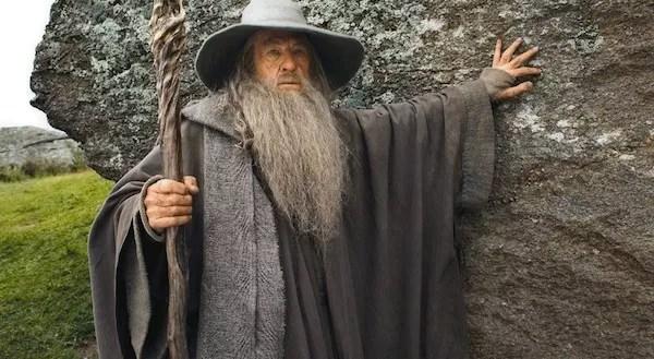 O ator Ian McKellen no papel do mago Gandalf (Foto: Reprodução)