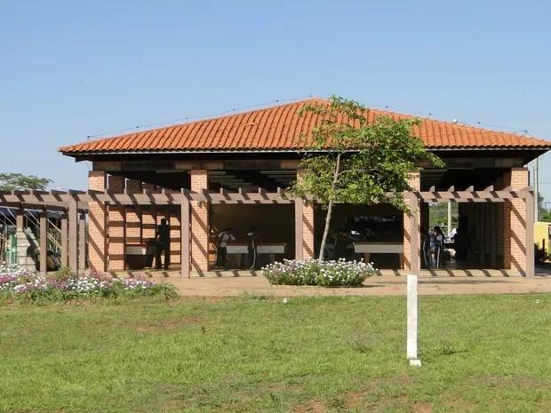 Espaço para jogos e esportes no Baleário de Anaurilândia (Foto: Prefitura de Anaurilândia/Divulgação)