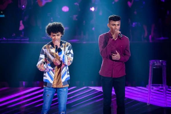 """Resultado de imagem para Ramon e Rafael cantam """"Parado No Bailão"""""""