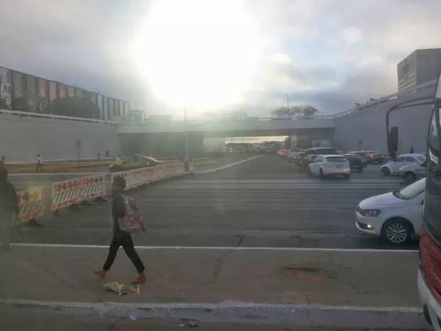 Trânsito bloqueado na altura da Rodoviária do Plano Piloto em dia de jogo (Foto: Aldair Fernando/G1)
