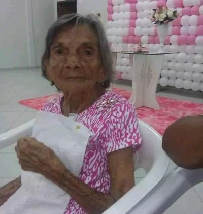 Dona Filó, que tinha 120 anos, morreu em um hospital de Umuarama na terça-feira (16) — Foto: André Nonato de Souza Neto/Arquivo pessoal