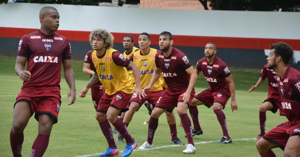 Dragão com várias caras novas no elenco em 2018 (Foto: Paulo Marcos/Atlético-GO)