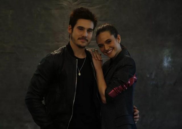 Nicolas Prattes e Juliana Paiva serão par romântico da novela (Foto: Marina Pirozi/Gshow)
