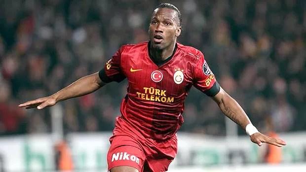 Drogba comemora gol do Galatasaray (Foto: Divulgação)