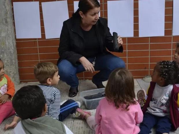 Por trás de todas as atividades é preciso haver um projeto pedagógico - ou seja, elas não são aleatórias nem visam apenas ocupar o tempo da criança (Foto: Lilian Borges / Prefeitura de São Paulo)