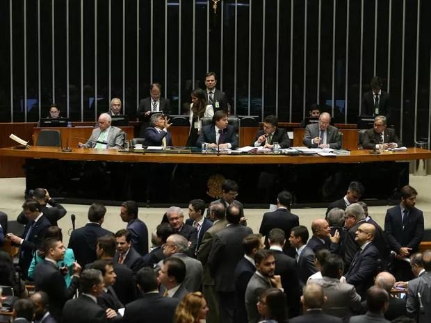Câmara dos deputados durante discussão sobre a PEC do teto de gastos (Foto: André Dusek/Estadão Conteúdo)