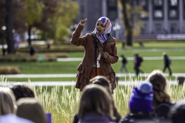 Ilhan Omar, candidata muçulmana à Câmara dos EUA pelo estado do Minnesota — Foto: Kerem Yucel / AFP