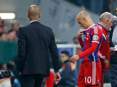 Robben e Guardiola Bayern de Munique x Borussia Dortmund (Foto: Reuters)