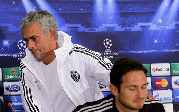 Mourinho Chelsea entrevista (Foto: Agência EFE)