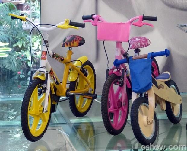 Ana Maria mostrou vários tipos de bicicletas na Casa de Cristal (Foto: Mais Você/TV Globo)