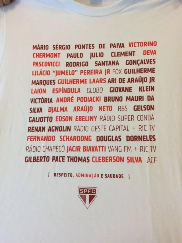 Camisa São Paulo homenagem jornalistas Chapecoense (Foto: Alexandre Lozetti)