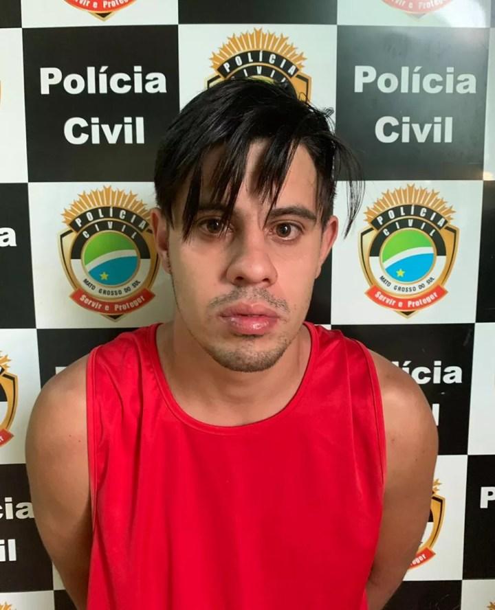 Suspeito foi preso após força-tarefa envolvendo as polícias de MS e GO — Foto: Polícia Civil/Divulgação