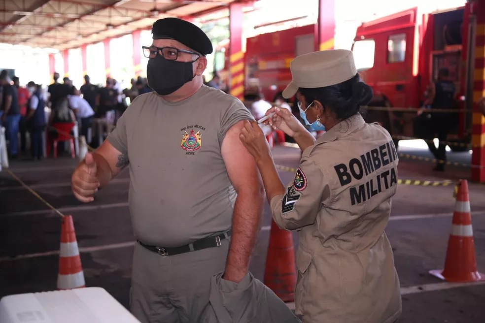 Começou nesta quarta (7) a vacinação dos trabalhadores da Segurança Pública — Foto: Arquivo/Sejusp