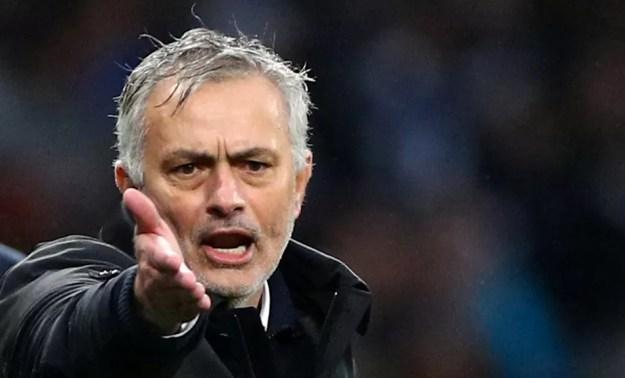 Roma anuncia José Mourinho como novo técnico a partir da próxima temporada