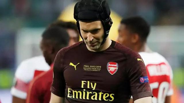 Após grande atuação em sua última partida na carreira, Cech mostra decepção com vice