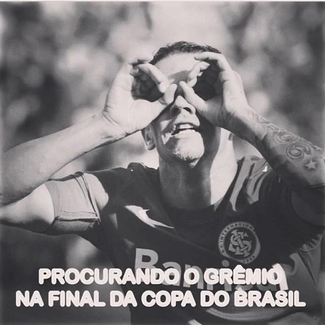 Torcedores colorados fazem piada com a eliminação do Grêmio (Foto: Reprodução/Facebook)