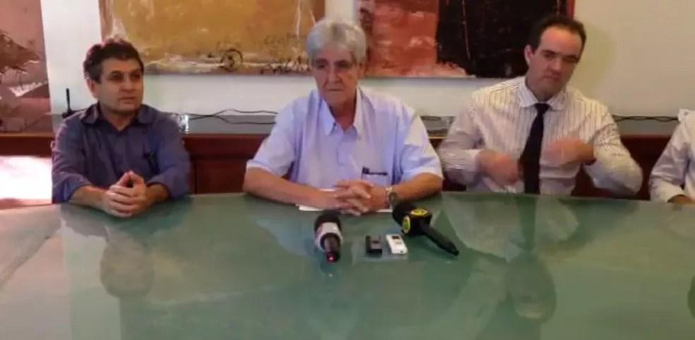 Odelmo Leão em coletiva sobre 100 dias de governo em Uberlândia (Foto: Reprodução/Facebook)