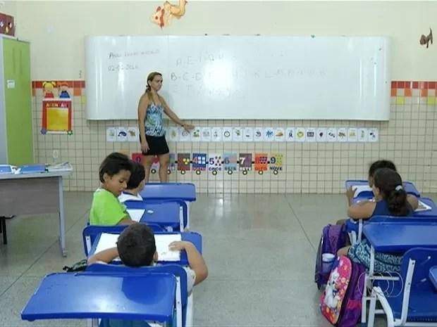 Lei garante acesso, mas nem todas as escolas se adequaram (Foto: Reprodução/TV Anhanguera)