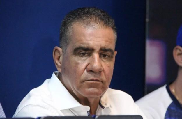 Raimundo Tavares deixa a gestão de futebol do CSA — Foto: Denison Roma/GloboEsporte.com