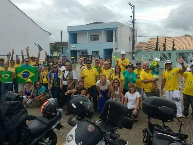 Manifestantes também se reuniram em Jacupiranga, no Vale do Ribeira  (Foto: Arildo Silva/Arquivo Pessoal )