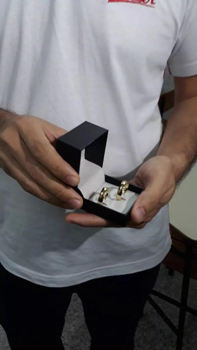 Joel fez surpresa para pedir Carol em casamento — Foto: Juacir Rodrigues/TV Centro América