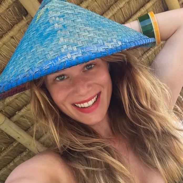 Musa bronzeada com chapéu típico para foto!  (Foto: Arquivo Pessoal)