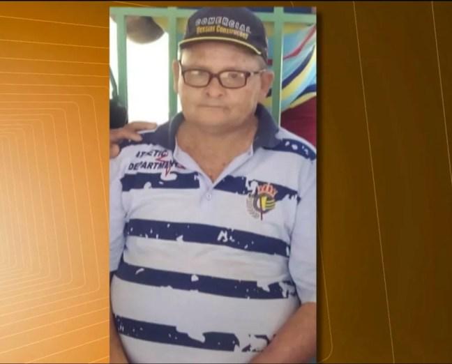 Segundo a família, Luís era apaixonado por forró e pediu para que o velório dele fosse cheio de alegria, em Coremas, na PB — Foto: Reprodução/TV Cabo Branco
