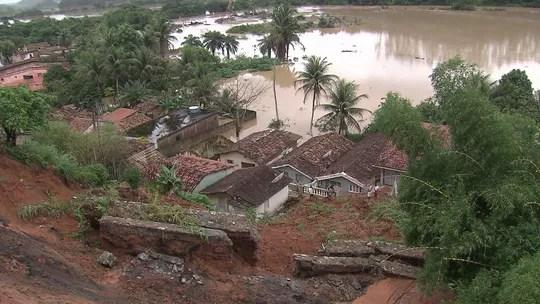 Resultado de imagem para Defesa Civil contabiliza cerca de 750 moradias em área de alto risco após enchentes em PE