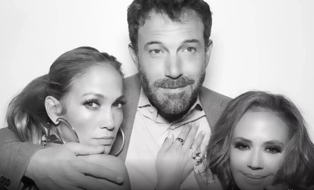 Jennifer Lopez and Ben Affleck appear together at Leah Remini's party (Photo: Reproduction/Instagram)