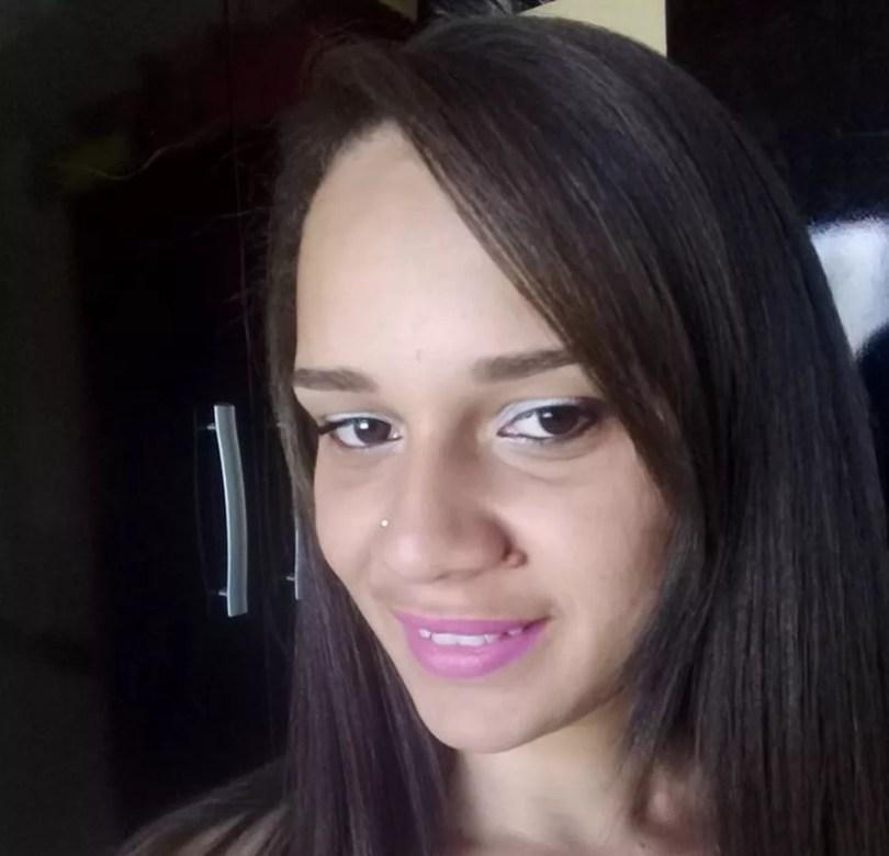 Gessica Oliveira, de 25 anos, foi morta a facadas em um bar de Santa Bárbara d'Oeste  (Foto: Reprodução/Facebook/Gessica Oliveira)