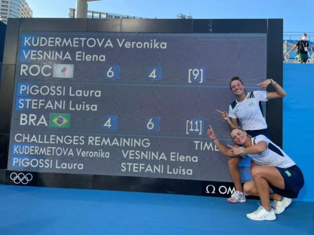 Luiza Stefani e Laura Pigossi, tênis, Olimpíadas de Tóquio 2020 — Foto: Rafael Bello/COB