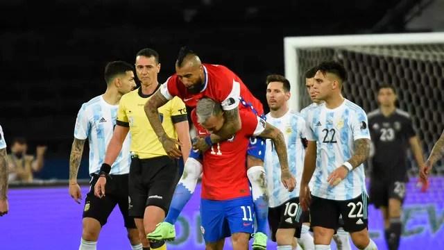 Vidal Vargas Chile 1x1 Argentina Copa América