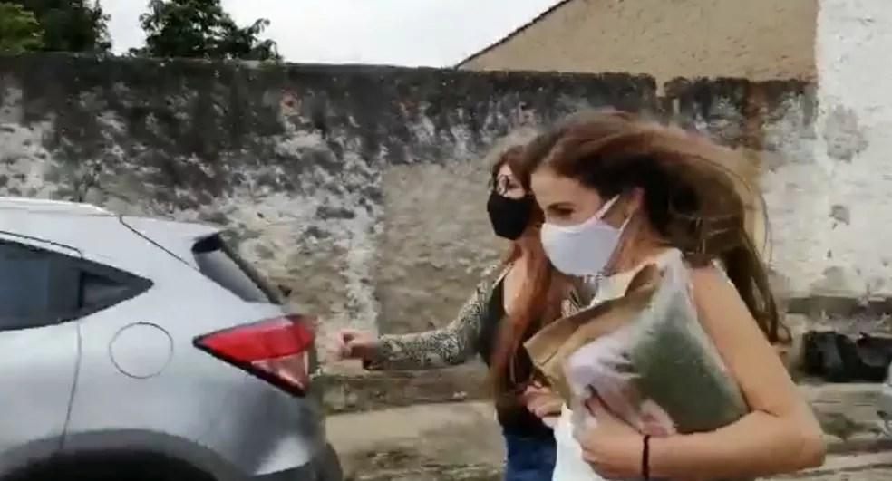 Suzane von Richthofen deixa prisão para 'saidinha' temporária — Foto: Tiago Bezerra/TV Vanguarda