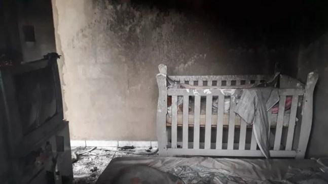 Quarto onde menina dormia ficou destruído em Araçatuba — Foto: Divulgação/RegionalPress