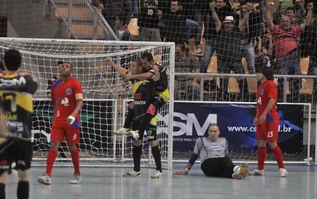 Jaraguá vence o São Caetano pela Liga Futsal (Foto: Divulgação)